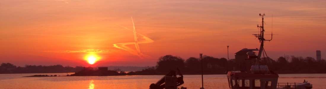 Fotoklubben fixar solnedgången via Marcus Gustafssons kamera.
